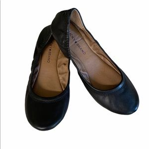 Lucky brand black leather ballet flats size 8